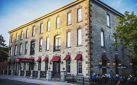 The Grand Hotel Carleton Place