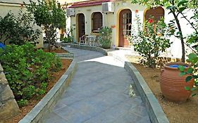 Paradise Apartments Chania