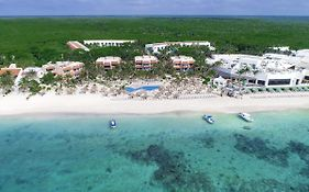 Grand Oasis Tulum Resort