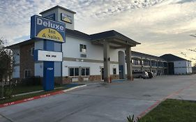 Deluxe Inn & Suites - Baytown