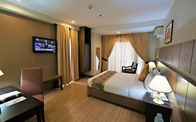 The Pinnacle Hotel And Suites Davao