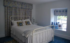 Boothbay Bed And Breakfast