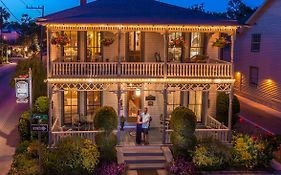 Carriage Way Inn Bed & Breakfast Adults Only - 21 Years Old And Up