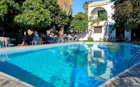 Oasis Hotel Bungalows 3*