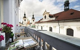 Royal Road Residence Prague