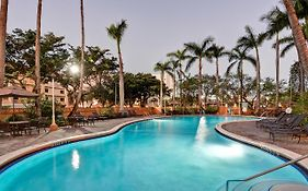 Embassy Suites Miami International Airport Parking 3*