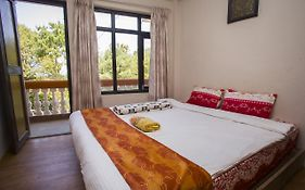 Langtang View Nagarkot Bed And Breakfast
