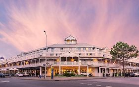 Esplanade Hotel in Fremantle