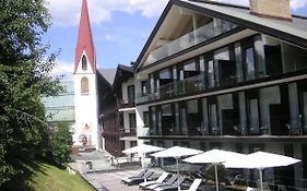 Alpenhotel Fall in Love Seefeld Tirol