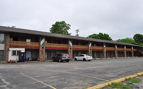 Kewanee Motor Lodge