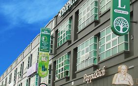 Tropicana Boutique Hotel Muar