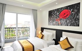 Golden Dragon Hotel 2*