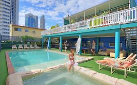 Backpackers in Paradise Surfers Paradise