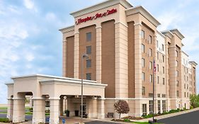 Hampton Inn & Suites Cleveland Beachwood