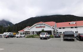 Snoqualmie Summit Inn