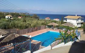 Xenios Apartments Stoupa