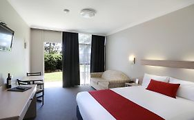 Econo Lodge Tamworth Nsw 3*