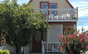 Angie's Guest Cottage Virginia Beach