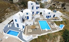 Santorini Traditional Suites Pyrgos