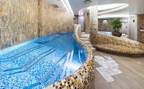 Wellton Hotel Riga & Spa