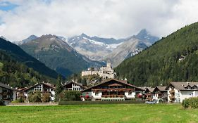 Hotel Mirabell Sand in Taufers