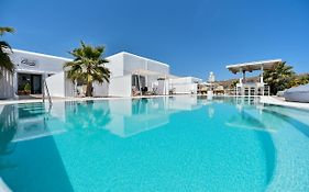 Queen Boutique Suites Mykonos Island
