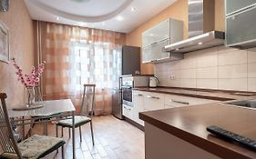 Hochu Priehat na Ispitateley 8 Apartment Saint Petersburg