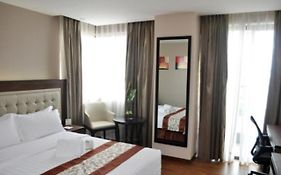 Ace Hotel And Suites Pasig