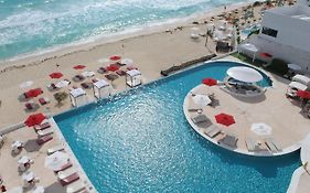 Bel Air Hotel in Cancun