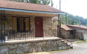 Roaring Fork Motel Gatlinburg Tn