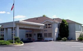 Warwick Inn And Suites