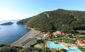 Th Resort Ortano Mare