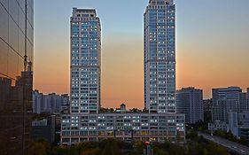Brown Suite Residence Seoul