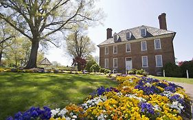 The Historic Powhatan Resort - Williamsburg Va