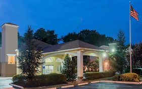 Days Inn & Suites By Wyndham Cherry Hill - Philadelphia photos Exterior