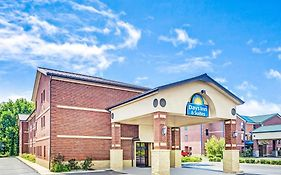 Days Inn Jeffersonville