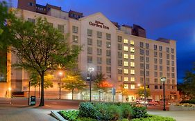 Hilton Garden Inn Courthouse Plaza
