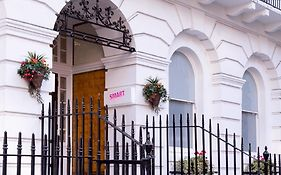Hostels in Russell Square London