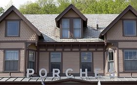 Porches Inn Mass