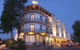 Crown Inn Hotel Nicosia