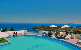 Mistral Mare Hotel 4