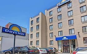 Days Inn in Brooklyn