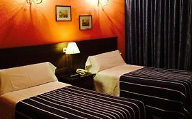 Hostal Sonsoles Booking
