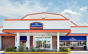 Howard Johnson Burlington Iowa