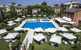 Venice Lido Hotels With Pool