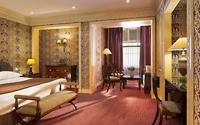 Hotel Grands Hommes Paris