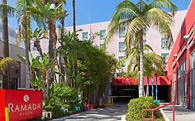 Ramada West Hollywood 3*