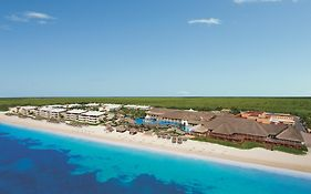 Now Sapphire Resort Cancun Mexico