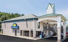 Days Inn Suffolk Va