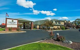 Oxford Suites Hermiston Oregon